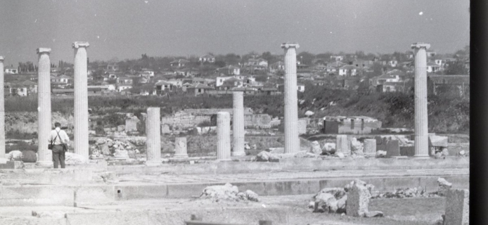68-01-005: Pella, house with Ionic courtyard (House of Dionysos)