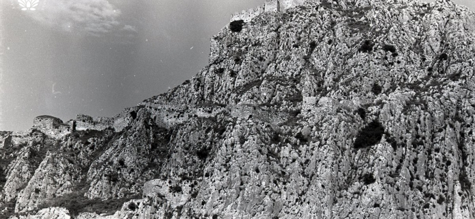 82-16A-024 Acrocorinth, panorama of the W slopes from below, from the SW heights of the fortress to the West Gate