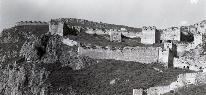 82-16A-032 Acrocorinth, W and NW defences, including West Gate and NW Bastion, from outside and below